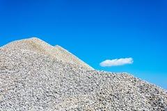Montagne de blocaille image stock