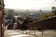 Montagne de Bueren楼梯在列日在比利时 免版税库存照片