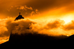 Montagne de Corcovado avec le Christ la statue de rédempteur Image stock