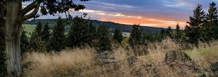 Montagne de coucher du soleil Photo stock