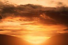 Montagne de coucher du soleil Images libres de droits