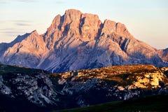 Montagne de Cristallo au coucher du soleil images stock