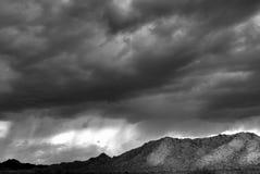 Montagne de désert images stock