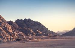 Montagne de désert Photos stock