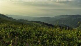 Montagne de Dali par temps orageux Photographie stock libre de droits