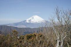 Montagne de Fuji dans l'horaire d'hiver Photos stock
