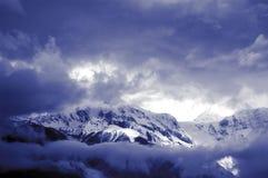 Montagne de l'hiver Photographie stock