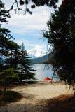 montagne de lac Photographie stock