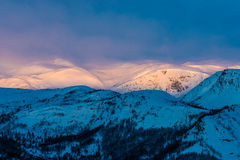 Montagne de lever de soleil Image stock