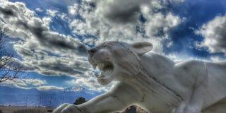 Montagne de marbre Lion Statue photos stock