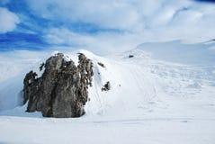 Montagne de neige Photographie stock