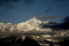 Montagne de neige de Meili Images stock