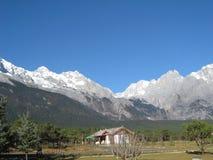 Montagne de neige de Yulong, Chine Photo stock