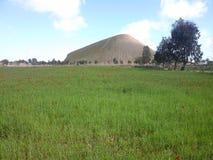 Montagne de phosphate dans le khouribga image libre de droits