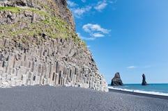 Montagne de pipes d'organe masive sur l'Islande photo libre de droits