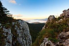 Montagne de Rarau de Roumain Photographie stock libre de droits