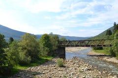 Montagne dei Carpathians immagini stock libere da diritti