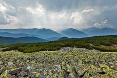 Montagne dei Carpathians Immagine Stock