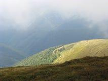 Montagne dei Carpathians ucraini Immagini Stock
