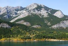 montagne del lago di caduta Fotografie Stock Libere da Diritti
