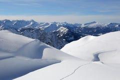 Montagne del paesaggio di inverno coperte di neve Immagine Stock Libera da Diritti