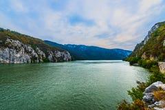 Montagne del passaggio del Danubio Immagini Stock Libere da Diritti