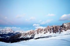 Montagne del passaggio di Giau al tramonto fotografia stock