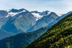 Montagne del ` s Chugach dell'Alaska sulla penisola di Kenai Immagine Stock