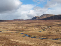 Montagne del sud di Monadhliath, fiume Spey, Scozia  Immagini Stock
