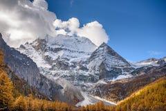 Montagne della neve di Chenresig Fotografia Stock