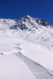 Montagne della neve di inverno Fotografie Stock Libere da Diritti