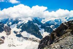 Montagne della neve di Titlis nelle alpi della Svizzera Immagine Stock