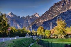 Montagne delle alpi in autunno Immagini Stock Libere da Diritti