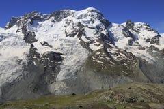 Montagne delle alpi con neve, Svizzera Fotografie Stock Libere da Diritti