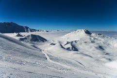 Montagne delle alpi di inverno Immagine Stock