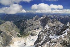 Montagne delle alpi vicino a Zugspitze Fotografie Stock Libere da Diritti