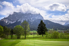 Montagne delle alpi, Zugspitze Immagine Stock