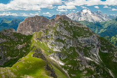 Montagne delle dolomia, vista da Formin Immagine Stock