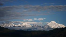 Montagne dello Snowy del Tibet Immagine Stock