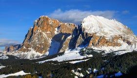Montagne dello Snowy in Val Gardena Immagini Stock Libere da Diritti