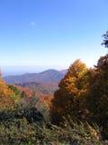 Montagne di autunno Immagini Stock
