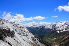 Montagne di Caucaso Dombai Fotografie Stock Libere da Diritti
