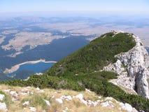 Montagne di Crno Jezero (lago nero) Durmitor Immagini Stock