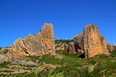 Montagne di figura dell'icona del Mallos de Riglos a Huesca Fotografia Stock