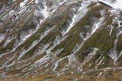 Montagne di Gran Sasso nel Apennines dell'Italia Fotografia Stock