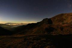 Montagne di Iezer alla notte Fotografia Stock Libera da Diritti