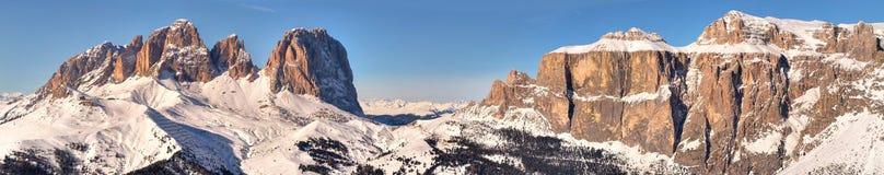 Montagne di inverno in alpi italiane Fotografie Stock