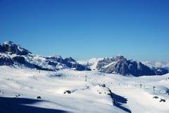 Montagne di inverno di Snowy Immagine Stock Libera da Diritti