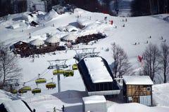 Montagne di inverno, stazione sciistica Rosa Khutor Immagini Stock