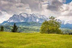 Montagne di Karwendel nelle alpi della Baviera Fotografia Stock
